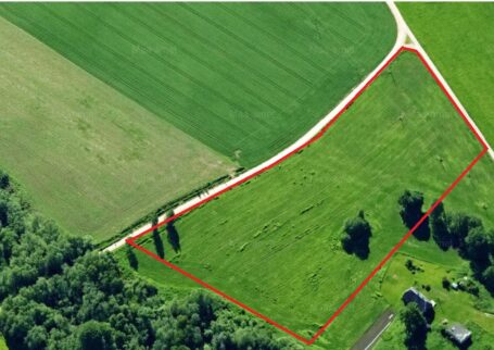 Roadside plot in Otepää parish